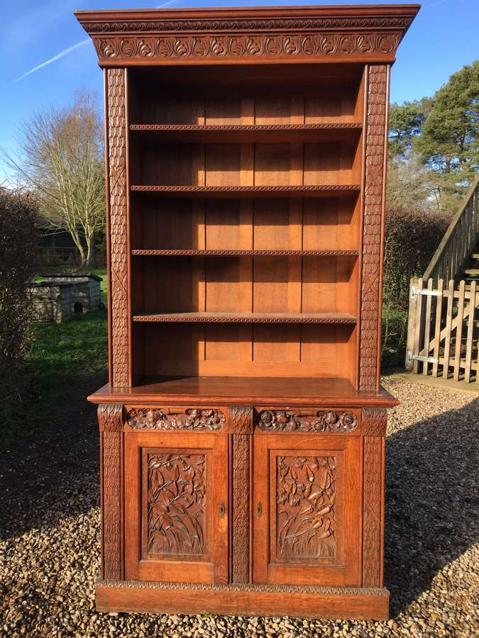 LARGE QUALITY 19TH CENTURY OAK CARVED BOOKCASE